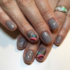 #sierrasnails #nailsbysierra #handpainted #handpaintednailart inspired by @nailsbycally