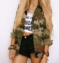 Outfits que sólo lograrás usando camuflaje