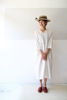 INDIA COTTON EMBROIDERY SHIRT DRESS : 日々の服 Shirt Embroidery, Panama Hat, India, Shirt Dress, Hats, Cotton, Dresses, Fashion, Vestidos