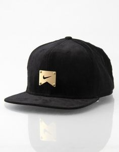 Nike Skateboarding Corduroy Icon Snapback Cap | - RouteOne.co.uk - RouteOne.co.uk