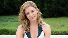 Home And Away's Jessica Grace Smith Jessica Grace, Home And Away, Favorite Tv Shows, Interview, Hair Color, Hairstyle, Celebs, Female, Beauty