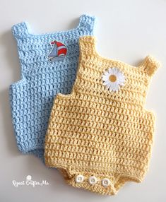 Do you know someone who is expecting a Spring Baby? This Crochet Baby Romper is the perfect gift! It works up using easy double crochet stitches. Plus there are many ways you can embellish and… Crochet Romper, Crochet Bebe, Crochet Baby Clothes, Crochet For Boys, Double Crochet, Free Crochet, Crochet Baby Dresses, Crochet Baby Stuff, Baby Patterns