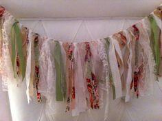 Schöne Girlande aus Geschenkband und Stoff  Shabby Chic Garland Wedding Fabric Garland by VintageSideoftheMoon, $36.00