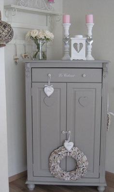 Shabby Chic grey cupboard