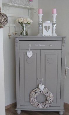 Shabby Chic grey cupboard