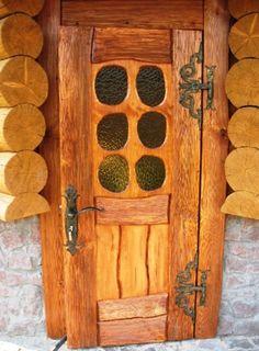 Дверь под старину Кармель из массива сосны Front Door Entrance, Entrance Gates, Doorway, Cool Doors, Unique Doors, Wooden Gates, Wooden Doors, Door Decks, Door Gate