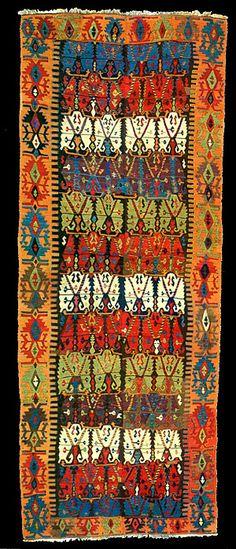 Old Anatolian kilim Unicorn Tapestries, Classic Rugs, Persian Carpet, Floor Rugs, Kilim Rugs, Oriental Rug, Textiles, Rugs On Carpet, Vintage Rugs