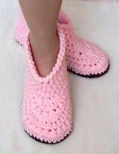 Crochet Boot Slippers, Womens Modern House Shoe, PATTERN PDF, Easy Crocheted Ladies Booties, Instant Download