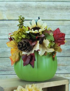 Add one of these great pumpkin bouquets to your fall collection.  #thatdreamyoudream #autumn #pumpkins #centerpiece #fall