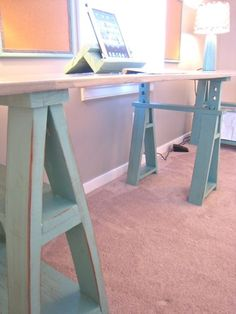 Love the sawhorses on this and the simplicity. Oh, and that little homemade iPad stand. Awesome. :)