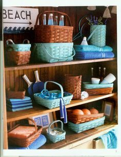For a summer display, incorporate the colors soft aqua and cinnamon together.