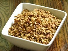 Simple Maple Granola with almonds and cinnamon: an easy, satisfying and delicious snack to have on hand at all times, so much better and way cheaper than any granola you can buy at the store
