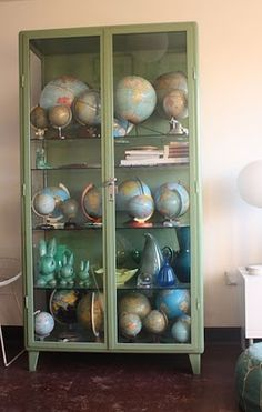 *globe collection* Moon to Moon: Current Obsession. World Globe Map, Globe Art, Globe Decor, World Globes, Map Globe, Vintage Maps, Thats Not My Age, We Are The World, Organization Ideas