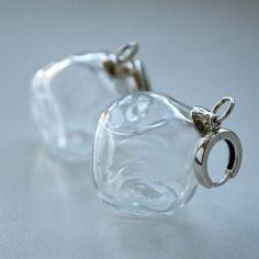 https://flic.kr/p/sHh9bD | New earrings Ice #glass #blow #bead #lampwork #earrings #yuliyadyubenko #юлиядюбенко