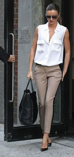 Miranda Kerr Picking Up Flynn After A Photo Shoot 25 Stylist Outfit Ideas when u have to get a j.b at least on this one another button closed or harassment possibility Stylish Work Outfits, Business Casual Outfits, Office Outfits, Work Casual, Classy Outfits, Casual Office, Casual Wear, Chic Outfits, Fashion Outfits