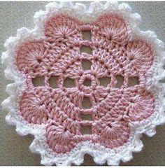 Hearts Around Doily By Terri Kroupa - Free Crochet Pattern - (ravelry) Crochet Potholder Patterns, Crochet Coaster Pattern, Crochet Blocks, Crochet Flower Patterns, Crochet Diagram, Crochet Designs, Crochet Flowers, Crochet Home, Crochet Crafts