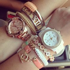 lately, i'm obsessed with watches and bracelets!