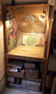 Garage Workshop Storage Ideas and Garage Folding Workbench Plans. : Garage Workshop Storage Ideas and Garage Folding Workbench Plans. Basement Workshop, Home Workshop, Workshop Ideas, Basement Stairs, Garage Storage, Diy Storage, Storage Ideas, Spray Paint Storage, Wood Storage