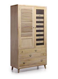 Armoire de la collection BROMO. Meuble fabriqué en bois MDF, travail artisanal.