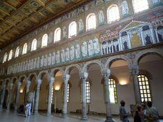La casa de Teodorico el Grande, en los mosaicos de San Apolinar el Nuevo. Rávena, siglo VI.