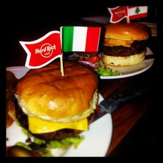 Here's what our Twitter fan said... @kshitizsharma81: Yummy Burgers @HRCIndia #Delhi. Legen(wait for it)dary....