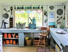garden shed welcome to my potting shed - gardencare Craft Shed, Diy Shed, Garden Shed Interiors, Interior Garden, Interior Shed Wall Ideas, Farmhouse Interior, Shed Decor, Build Your Own Shed, Living Vintage