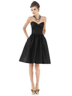 Black bridesmaid dress... and pockets! bridesmaid-dress