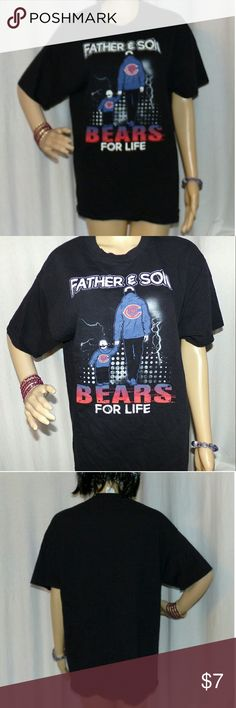 "Father & Son Bears for Life Chicago Bears T Shirt Really nice Black T Shirt with nice graphics. Has a father and a son holding hands and has Bears for life Father & Son. It is in excellent condition. Don't forget to bundle and save even more from our store! Totally checked over by our crack team of inspection fairies so you can buy with confidence. Measurements are 28"" From Back Collar bottom to bottom of shirt and 20.5"" from underarm to underarm. Gildan Shirts Tees - Short Sleeve"