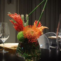 #c2mdesigns #floral #floraldesign #florist #centerpiece #cocktail #pincushionprotea #equisetum #greentrick #celosia #contemporary #simplicity  #modern #assymetrical #texture #style #event #corporateevents #designsthatrock #boston Designer: #christinemccaffery Event producer: @future_affairs