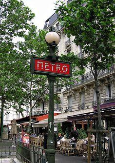 Somewhere in Paris (Left Bank, I think). _____________________________ Bildgestalter http://www.bildgestalter.net