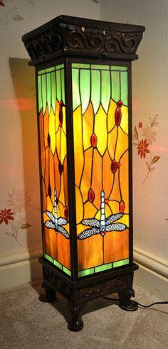 NL02 Beautiful Handmade Tiffany Style Lamp - Night Light - Dragonfly - Home/Gift