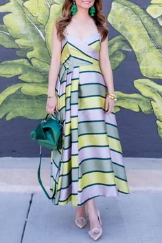Jennifer Lake Style Charade in an ASOS green stripe midi dress, No 21 satin bow bag, Kate Spade Pixanne Too heels at a leaf wall in Chicago Pakistani Designer Suits, Indian Designer Wear, Casual Frocks, Casual Dresses, Modest Fashion, Fashion Dresses, Frock Dress, Striped Midi Dress, Ethnic Outfits