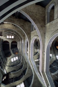 "Daniel Buren, ""Dominant-Dominé""  coin pour un espace, 1465,5 m2 à 11°28'42″, work in situ,  mirrors, wood, PVC, silk screen inks « Arguments topiques », capcMusée d'art contemporain, Bordeaux, May 1991."