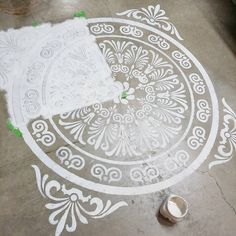 Stenciling the floor with Vintage Market & Design Furniture Paint #stenciling #vmdfurniturepaint #vmdfurniturepaint #chalkpaint #vintagemarketanddesign