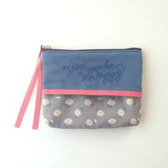 Tissuecase pouch blue gray  http://bonony.thebase.in