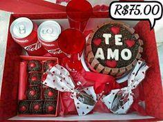 Desayunos Diy Gifts For Boyfriend, Ideas Para Fiestas, Chocolate Treats, Jar Gifts, Mini Cakes, Mousse, Paper Crafts, Holiday Decor, Birthday