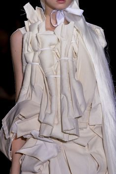 Padded fashion structures; sculptural, textured fashion // Comme des Garçons SS13