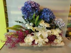 Beautiful arrangement of Hydrangea and Lilies....... Online Flower Delivery, Flower Delivery Service, Same Day Flower Delivery, Send Flowers Online, Bouquet Delivery, Online Florist, Amazing Flowers, Fresh Flowers, Hydrangea