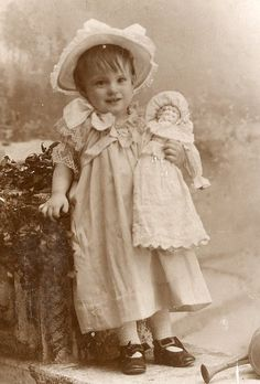 Vintage Antique sweet little St. Louis girl, circa late to early