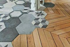 Hexagonal floor tile