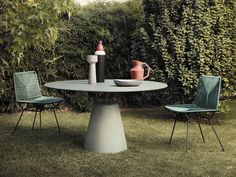 Colorful Weaves for the Outdoors: Neil Twist by MDF Italia