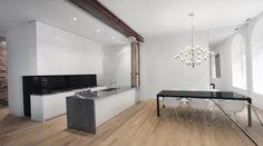 küche weiß schwarz essbereich metall kronleuchter Espace Le Moyne
