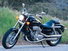 Honda Magna 750: Heavy-Hitting Middleweight Motorcycle | Motorcycle Cruiser