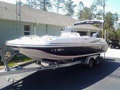 Choose a versatile and comfortable Cypress Cay pontoon boat for your family's lifestyle. Perfect for cruising the lake, watersports, parties and fishing. Hurricane Deck Boat, Luxury Pontoon Boats, Lake Boats, Side Yard Landscaping, Fish Model, Pontoons, Lake Life, Fishing Boats, Water Sports