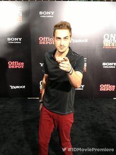 Kendall Schmidt on the black carpet!