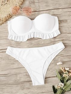 To find out about the Ruffle Bustier Bandeau With Panty Bikini Set at SHEIN, part of our latest Bikini Sets ready to shop online today! Modest Bikini, Bandeau Swimsuit, Bikini Swimwear, Bikini Set, Bikini Bottoms, Modest Swimsuits, Summer Swimwear, Bustiers, Nylons