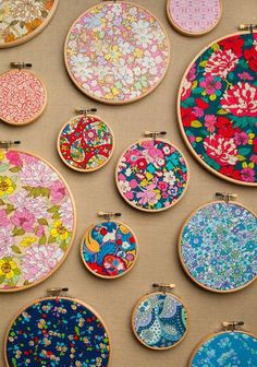 liberty fabric crafts Hoop Art: Liberty of London Florals Liberty Of London Fabric, Liberty Fabric, Liberty Print, Fabric Crafts, Sewing Crafts, Sewing Projects, Scrap Fabric, Patchwork Fabric, Fabric Art