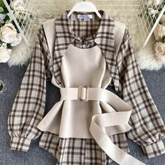 Girls Fashion Clothes, Teen Fashion Outfits, Girl Fashion, Clothes For Women, Womens Fashion, Fashion Vest, Unique Fashion, Style Fashion, Cute Casual Outfits
