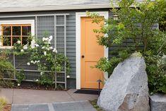 Wall Trellis, Bamboo Trellis, White Trellis, Arbors Trellis, Trellis Ideas, Diy Trellis, Trellis Design, Garden Trellis, Outdoor Walls