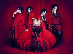 Arlequin's 2 new looks! (group pictures)